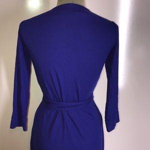 Diane Von Furstenberg Dresses - Diane Von Furstenburg classic wrap dress
